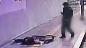 Kran muss Südkoreaner retten: Boden verschluckt zwei Passanten