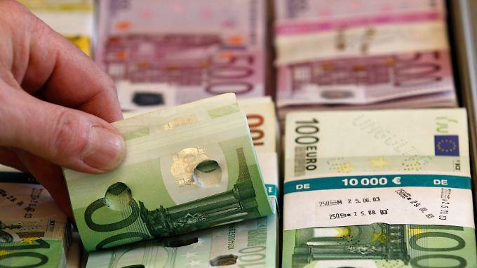 Der Studie zufolge hinterzogen Selbstständige im Jahr 2009 in Griechenland Steuern in Höhe von 28 Mrd. Euro.