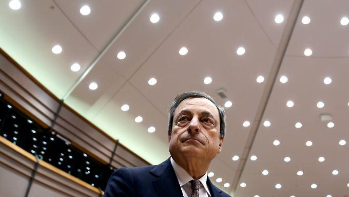 EZB-Chef Draghi wird das Anleihe-Kaufprogramm erläutern. Zumindest erwarten dies die Märkte.