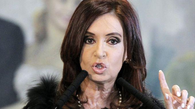 Für Argentiniens Präsidentin Cristina Fernández de Kirchner ist der Richterspruch Thomas Griesas im Schuldenstreit mit einigen Hedgefonds ein Rückschlag.