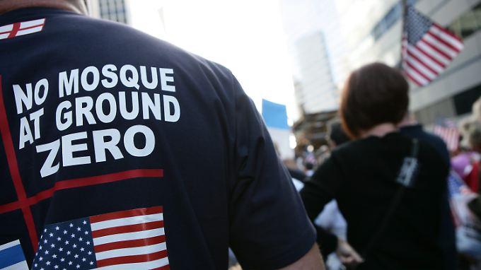 Moscheebau am Ground Zero: Laute Proteste nach 9/11-Trauerfeier