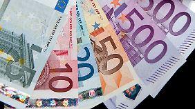 Die Kluft wird großer: Nachlassende Tarifbindung verstärkt Lohnungleichheit