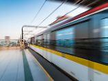 Erschreckendes Cebit-Projekt: Hacker lassen Zug entgleisen