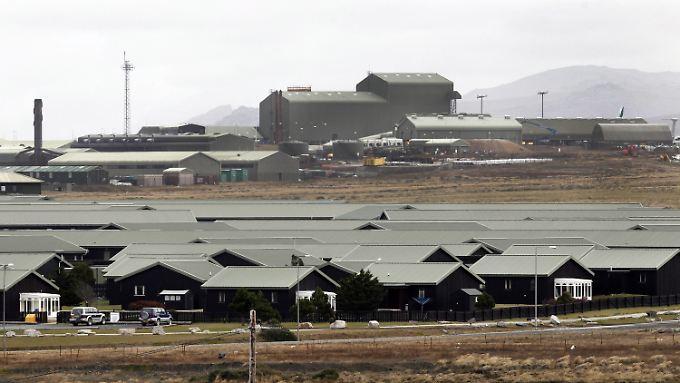 Die britische Militärpräsenz auf den Falklandinseln verschlingt jedes Jahr Millionen Pfund.