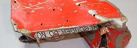 Suche nach Datenrekorder geht weiter: Geborgener Flugschreiber ist beschädigt