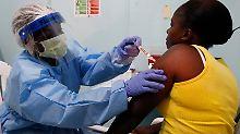 Etwa 600 Personen erklärten sich in Liberia bereit, einen neuen Ebola-Impfstoff zu testen.