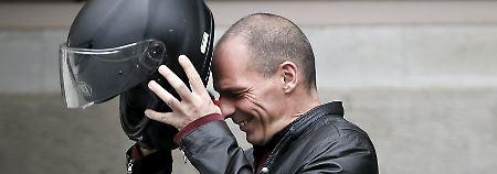 Athener Delegation reist ab: Varoufakis schickt Reformliste nach Brüssel