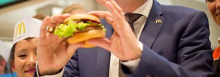 Mitarbeiterproteste erfolgreich: McDonald's zahlt jetzt mehr