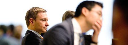 Einnahmen- und Mitgliederschwund: FDP rutscht ins Defizit