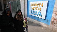 Mahmoody berichtet auch von Antiamerikanismus in der Schule.