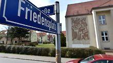 Blick auf den zentralen Platz in der Ortschaft Tröglitz (Sachsen-Anhalt).