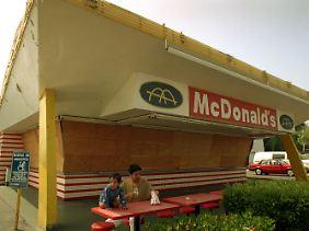 Die älteste noch existierende McDonalds-Filiale in Downey, Kalifornien, wurde 1953 eröffnet.