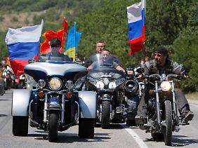 Putin (l.) und Saldostanow sind Freunde.