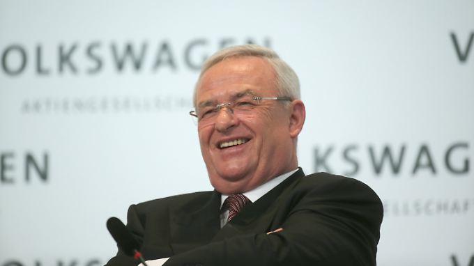 Sein Job gilt vorerst als gesichert, doch als VW-Chef bleibt Martin Winterkorn noch viel tun.