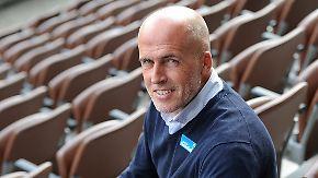 Für fünf Spiele verpflichtet: Frontzeck soll Hannover 96 vor dem Abstieg bewahren