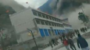 Nepal rettet erste Bergdorfbewohner: Video aus Tibet zeigt die Wucht des Erdbebens