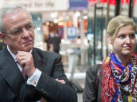 Julia Kuhn-Piëch mit Vorstandschef Martin Winterkorn.
