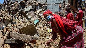 Nach dem Erdbeben in Nepal: Helfer kritisieren chaotische Koordinierung der Einsätze
