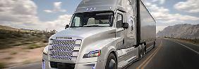 Freightliner alleine unterwegs: Daimler testet in Nevada selbstfahrenden Lkw