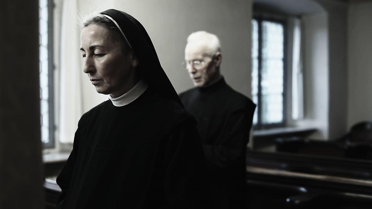 Nonnen und ihre Versauten Sex Spiele