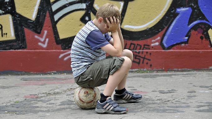 Nur wenige arme Kinder treiben Sport.