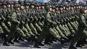 """Militärparade zum """"Tag des Sieges"""": Putin lässt 16.000 Soldaten aufmarschieren"""