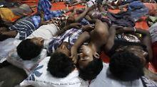Katastrophale Lage vor Südostasien: Bootsflüchtlinge töten, um zu überleben