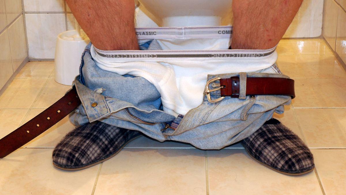 f r heikle momente japan erw gt einbau von aufzug toiletten n. Black Bedroom Furniture Sets. Home Design Ideas