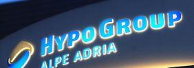 Die Hypo Alpe Adria hat das Bundesland Kärnten mit riskanten Geschäften an den Rand des Bankrottes getrieben.