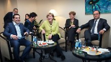 """Gipfel der guten Laune in Riga? Alexis Tsipras, Angela Merkel und Francois Hollande """"in konstruktiver und freundschaftlicher Atmosphäre""""."""