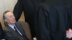 Sal. Oppenheim-Prozess: Ex-Topmanager sorgt für Überraschung des Tages