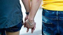 """""""Unzüchtige Zurschaustellung"""": Marokko lässt Männer wegen Kuss verhaften"""