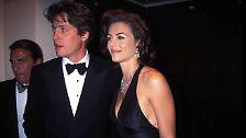 """Bis dato hatte die langbeinige Mimin eher als Model Karriere gemacht. Als Hugh Grant 1994 zur Premiere des Oscar-gekrönten Welterfolgs """"Vier Hochzeiten und ein Todesfall"""" schritt, ..."""