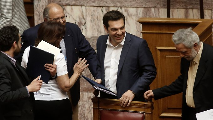 Alexis Tsipras und seine Minister sorgen bei den Euro-Partnern für Kopfschütteln.