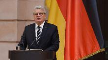 Joachim Gauck bei seiner Rede im Schlüterhof des Deutschen Historischen Museums in Berlin
