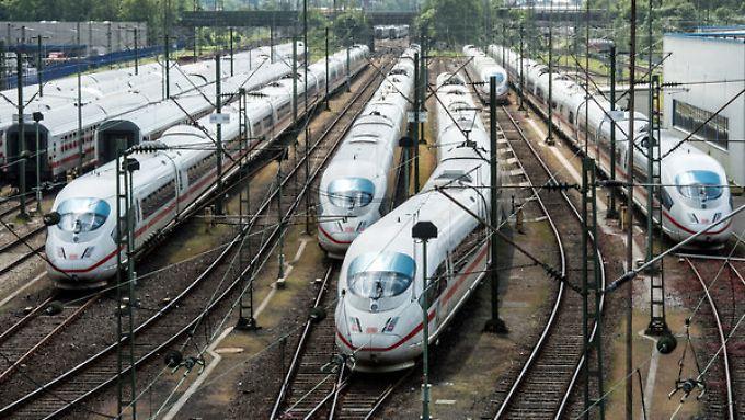 Stehende Züge bringen kein Geld: Durch Streiks entgehen der Bahn angeblich Hunderte Millionen.
