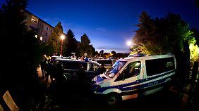 Proteste in Freital: Flüchtlingsgegner feinden Asylbewerber an