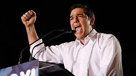 """Showdown in Griechenland: Tsipras fordert """"Nein"""" für """"ein Leben in Würde"""""""