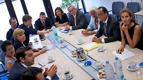 Kein Kaffeekränzchen: Schnappschuss vom EU-Gipfel in Brüssel.
