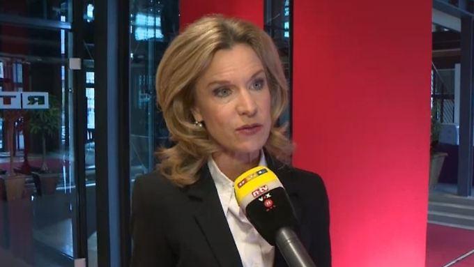 """Melinda Crane zu Griechenland: """"Ist es nicht scheinheilig von Deutschland?"""""""