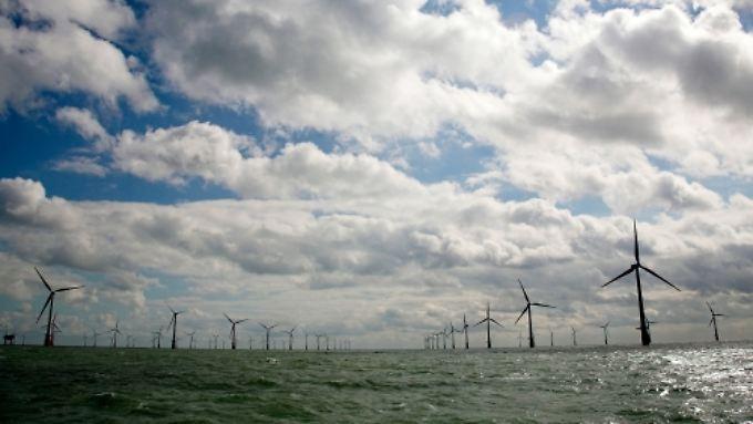 Panoramablick auf den größten Offshore-Windpark der Welt.