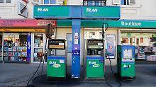 """Diesel heißt in Frankreich """"Gasoil"""" oder """"Gazole"""". Das kann zu Verwirrungen führen."""