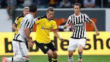++ Fußball, Transfers, Gerüchte ++: Bender gefällt Briten, Vidal-Wechsel perfekt