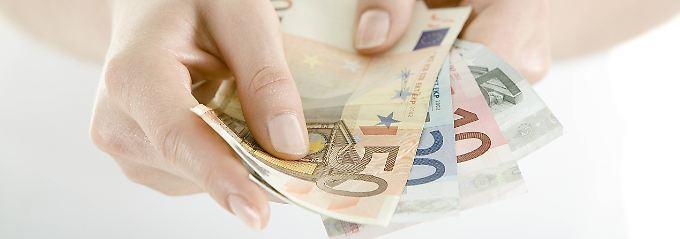 Hausbesitzer können mehr Geld bekommen, getrennt lebende Eltern müssen mehr ausgeben.