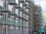 Kein Regelverstoß: Eigentümer können preiswerte Mietwohnungen abreißen und stattdessen hochpreisige Eigentumswohnungen bauen lassen.