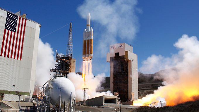Eine Delta-4-Rakete bringt im August 2013 einen US-Satelliten ins All. Der Auftrag: geheim.