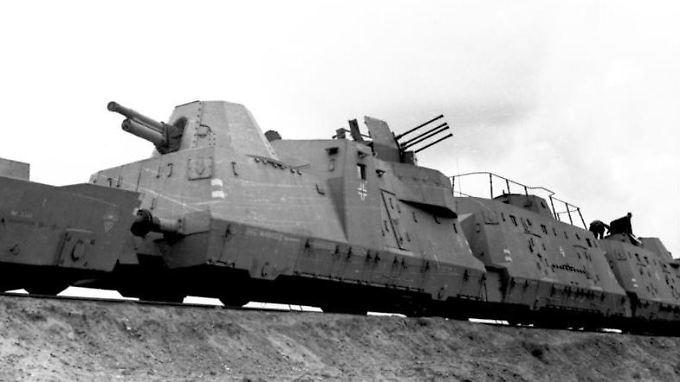 Ein Panzerzug der Wehrmacht.