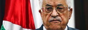 Mit Abbas treten noch weitere Mitglieder des 18-köpfigen Komitees zurück.
