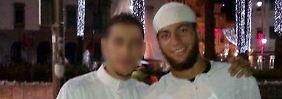 Der mutmaßliche Terrorist Ayoub El Khazzani (re.) sitzt derzeit in Untersuchungshaft.