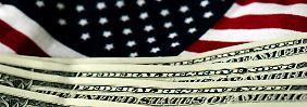 Zinserhöhung im April oder Juni?: Spekulationen treiben Dollar